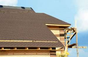 How do I choose a good roofing contractor