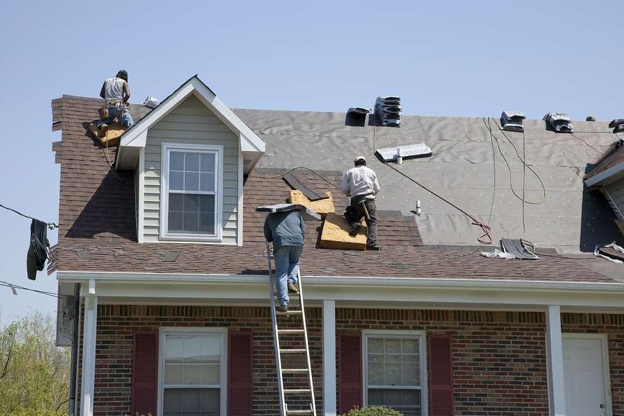 Here S What To Do When Wind Damages Your Roof Nu Look Home
